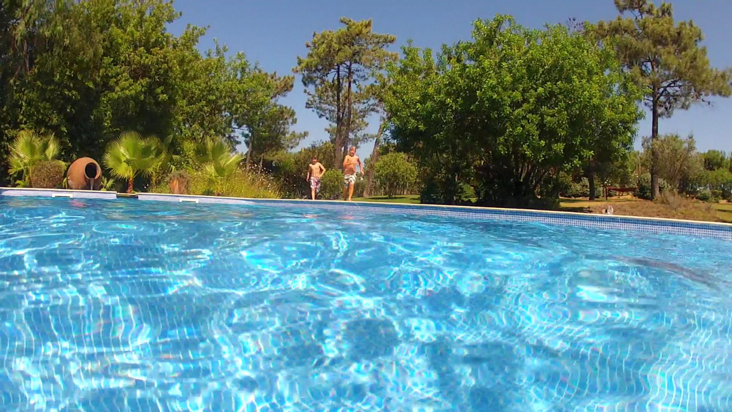 Why to Consider a Vinyl-Liner Pool